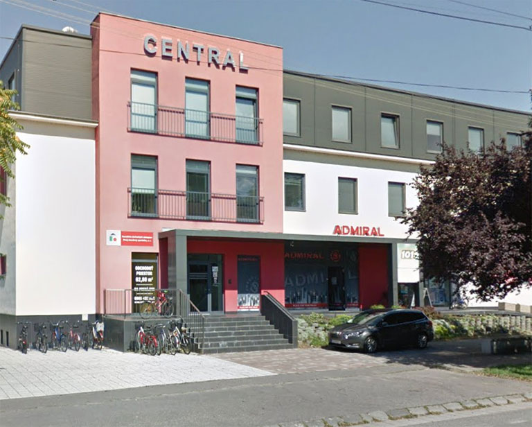 budova-central